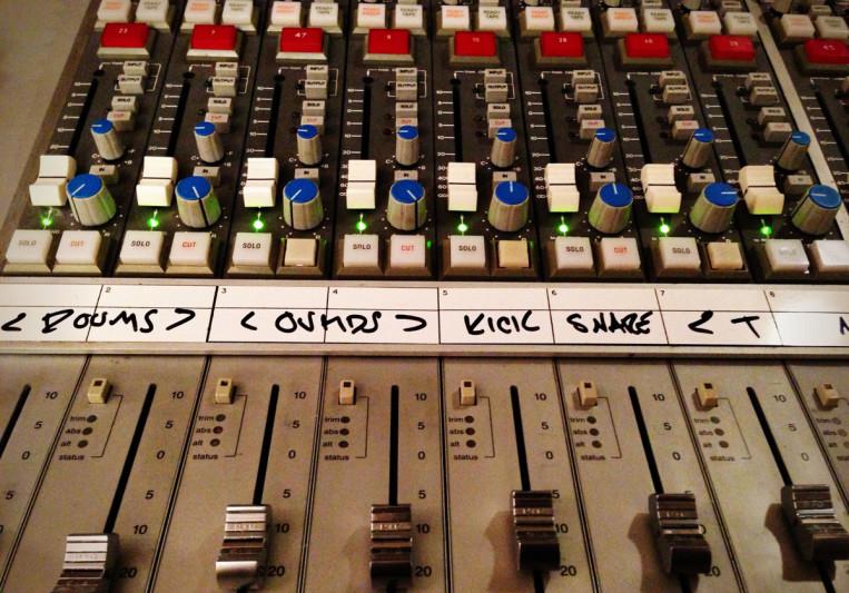 Lugh Senderson on SoundBetter