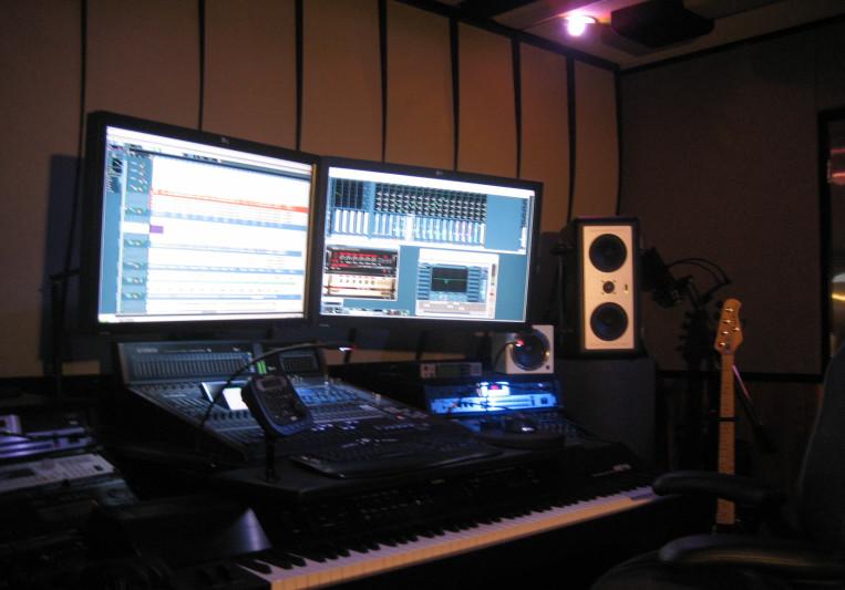 VladimirovRecords on SoundBetter