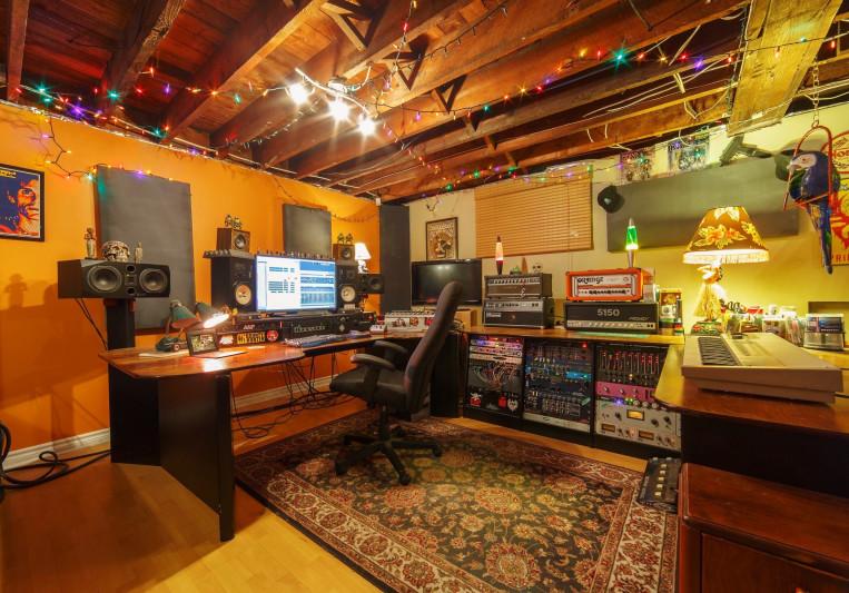 Uplift Recording Studio on SoundBetter