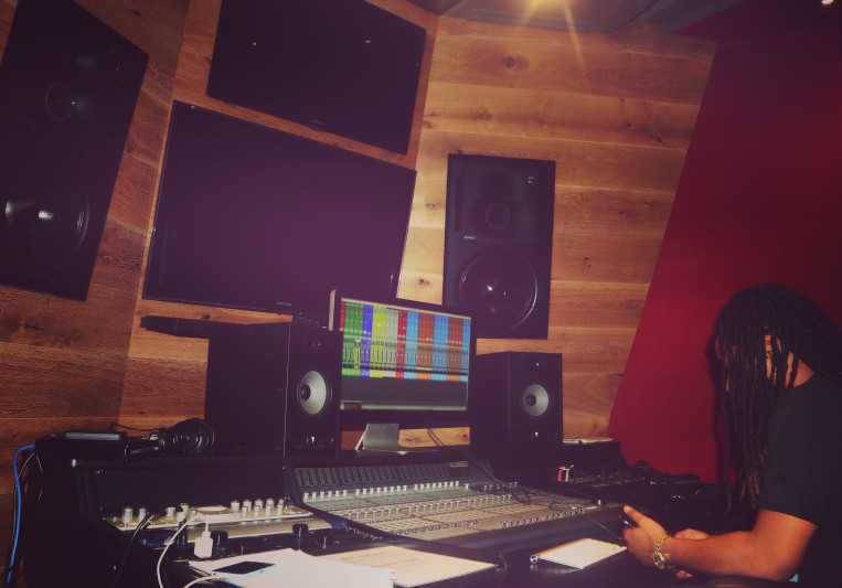 Chinoo on SoundBetter