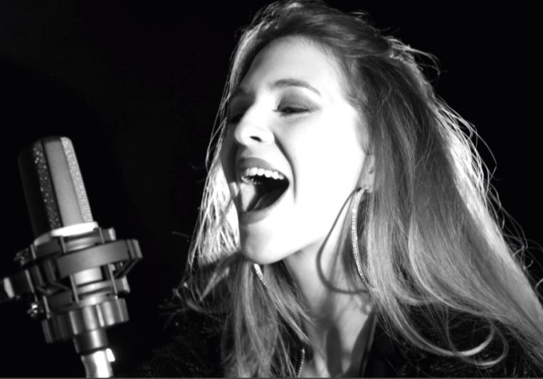Isabella Peter Blue on SoundBetter