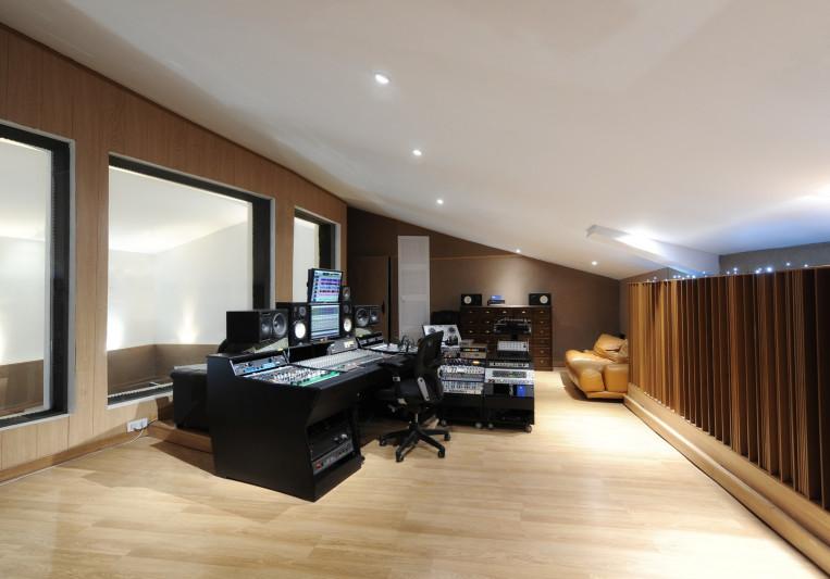 Elefante studios on SoundBetter