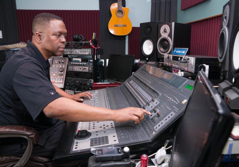 GoldenWordMusic : Wayne E Hill on SoundBetter