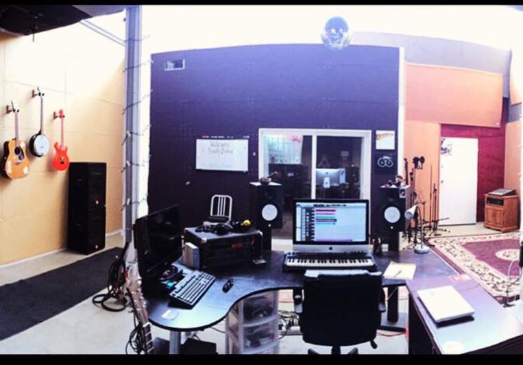 Signify Studios on SoundBetter