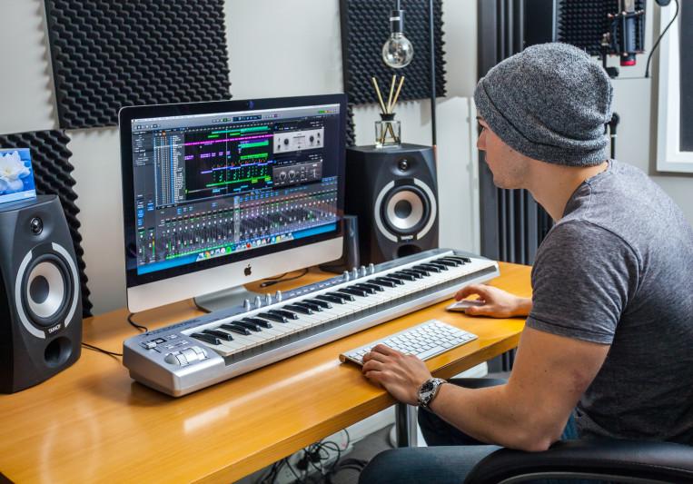 Jeremy Drakeford on SoundBetter