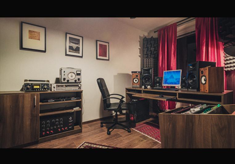 ONLINEMASTERINGSTUDIO.EU on SoundBetter