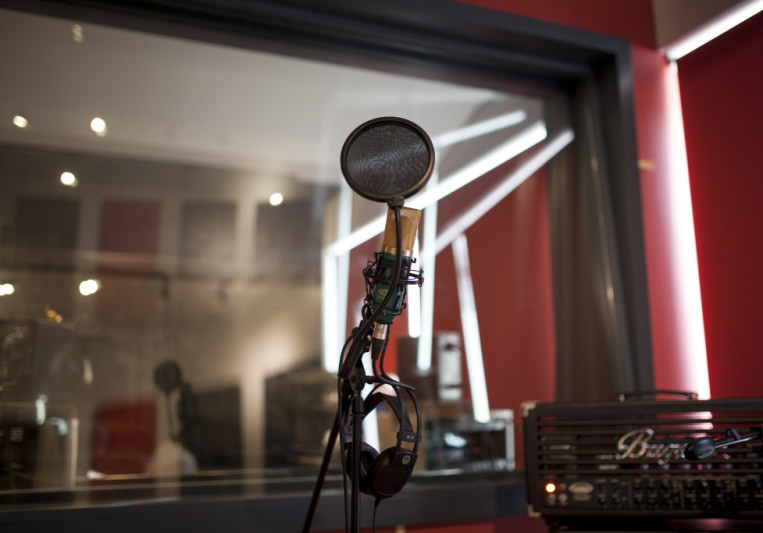 BoomBox Studios on SoundBetter