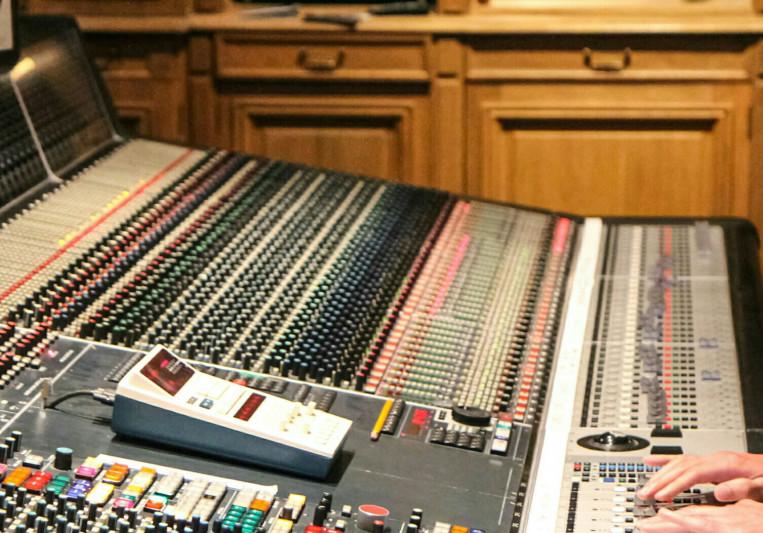 Boris Shurlan on SoundBetter