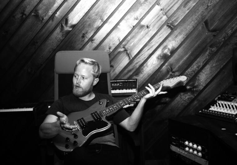 Colin Leske // Phaser Control on SoundBetter