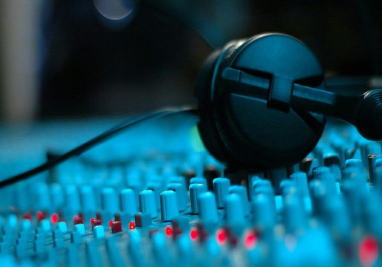 Tony Dalton on SoundBetter