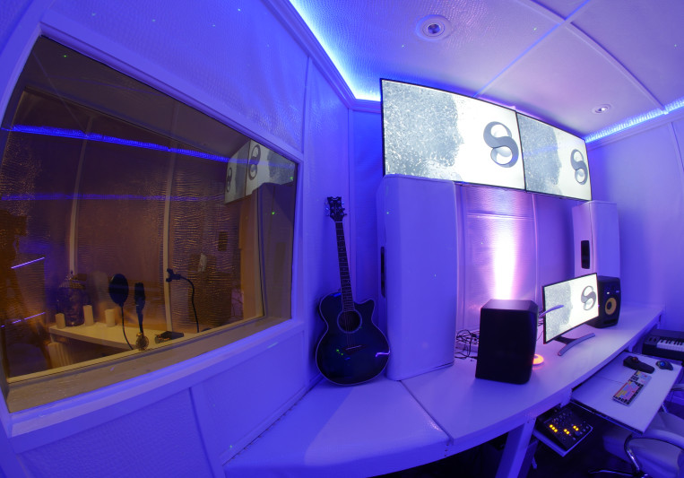 Syft Studio on SoundBetter