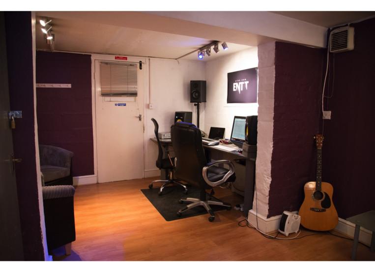 ENTT Studios on SoundBetter