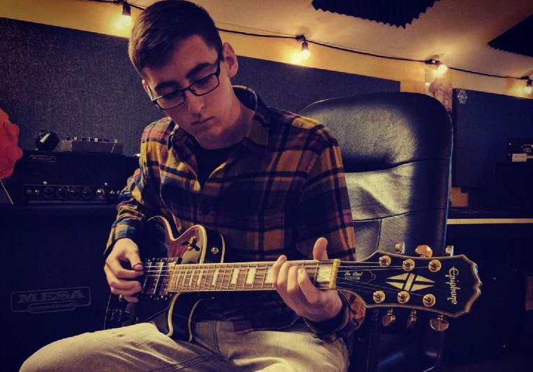 Emmett Martin on SoundBetter