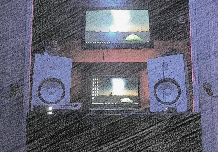 LOYO on SoundBetter
