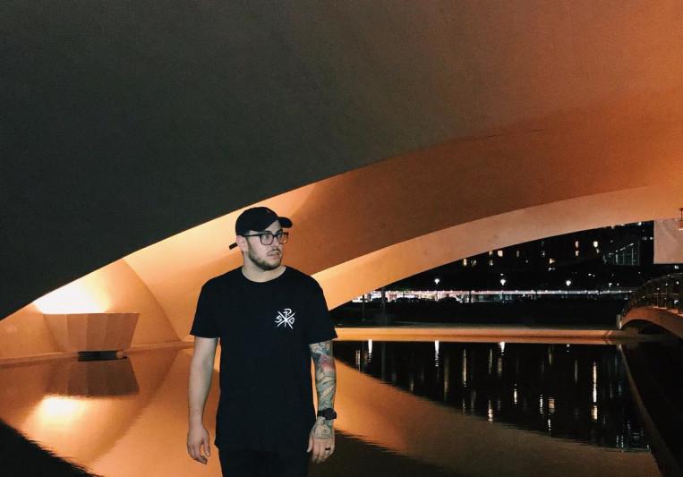 Jesse Denaro Music on SoundBetter