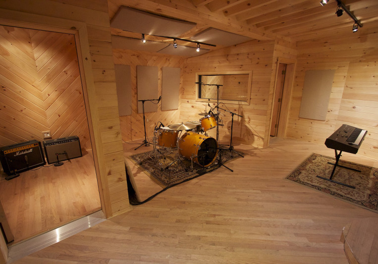 ADM Recording on SoundBetter
