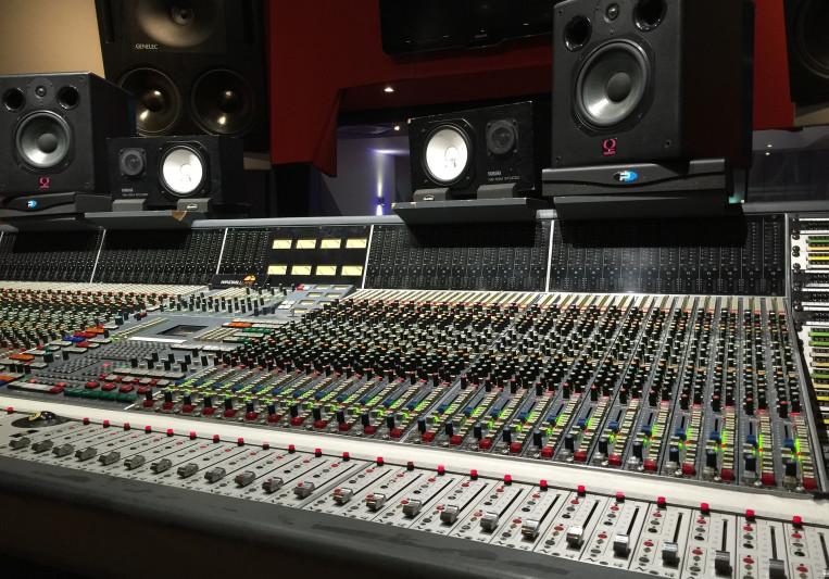 Navid Satarmaker on SoundBetter