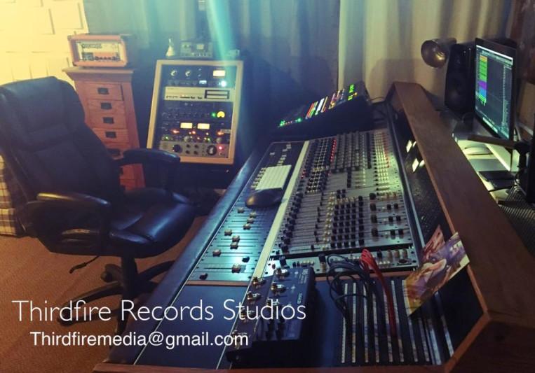 Joan Velez on SoundBetter