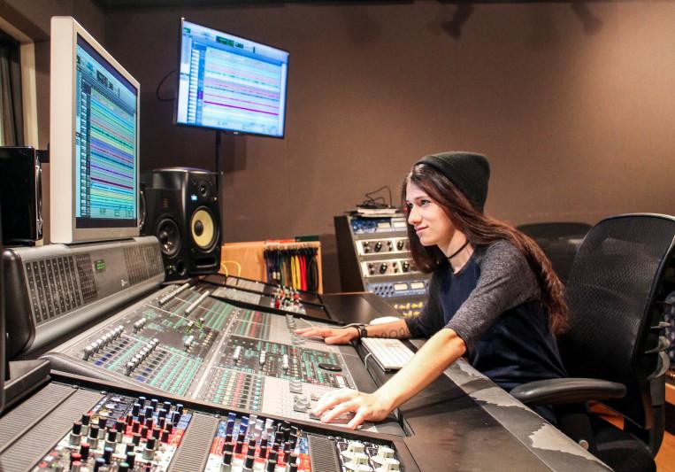 Genevieve Nelson on SoundBetter