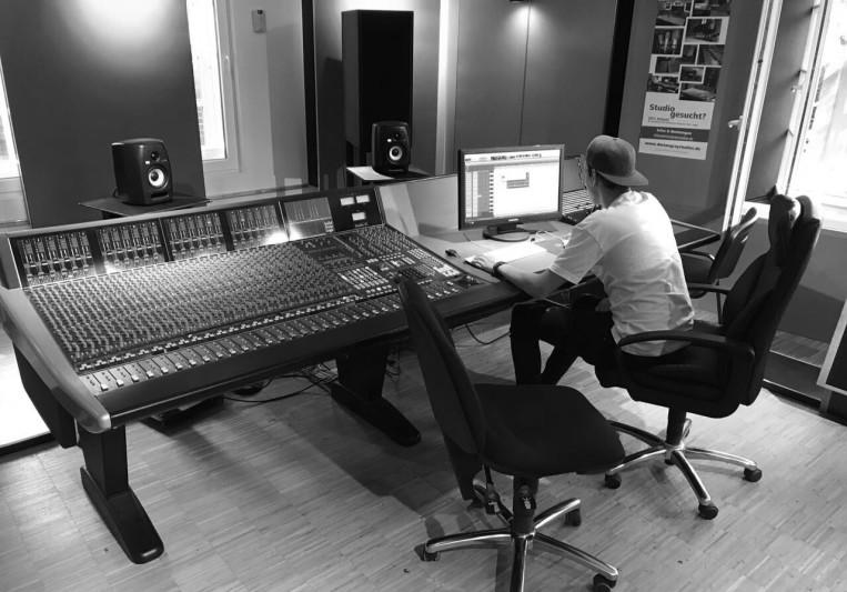 Toby Webster on SoundBetter