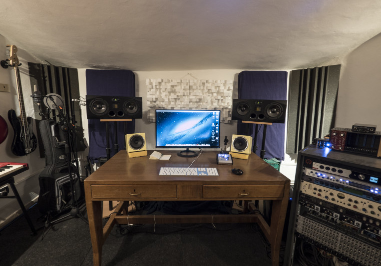 Castle Studio on SoundBetter