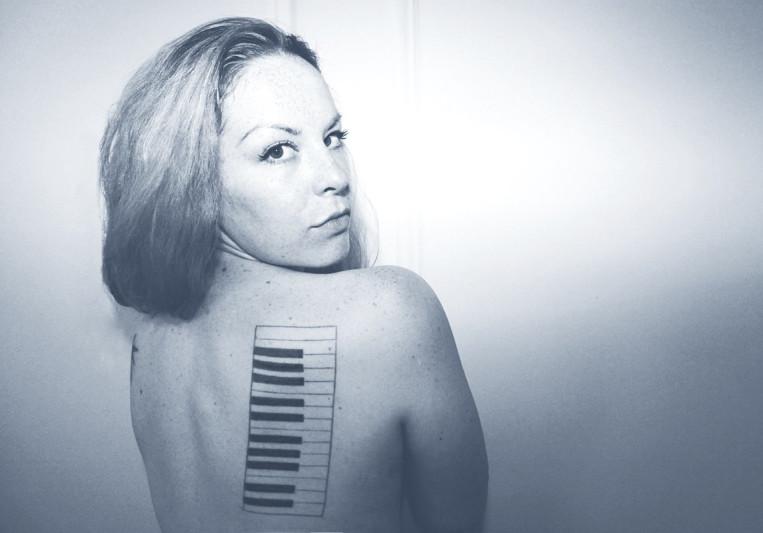 Carlie de Boer on SoundBetter