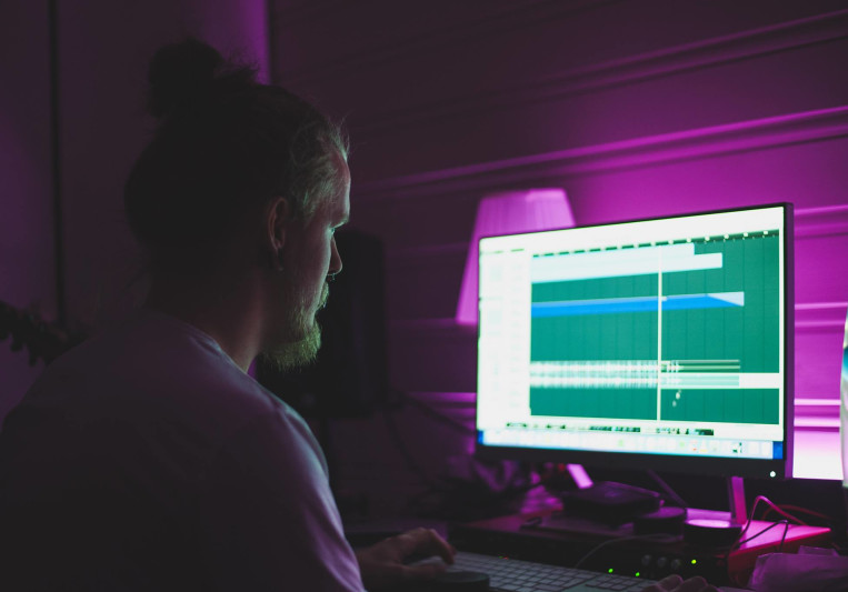 Icicle Studios on SoundBetter