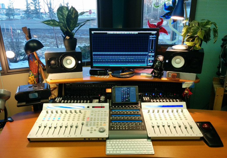Signals Music on SoundBetter
