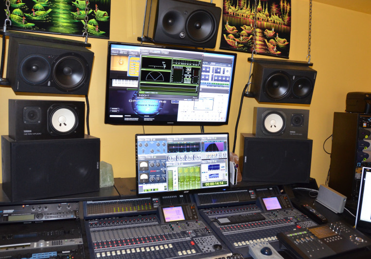 Post Home Pro on SoundBetter
