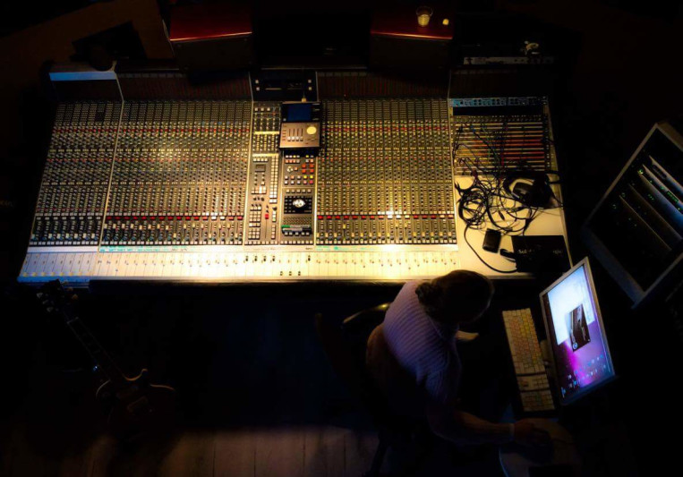 Take Six Studios Productions on SoundBetter