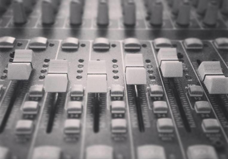 Jonah Chasse on SoundBetter