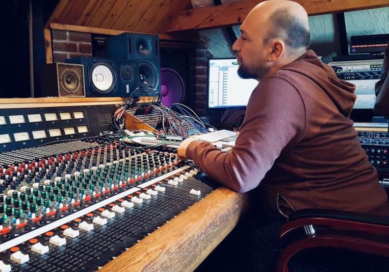 Gareth Rogers Recording/Mixing on SoundBetter