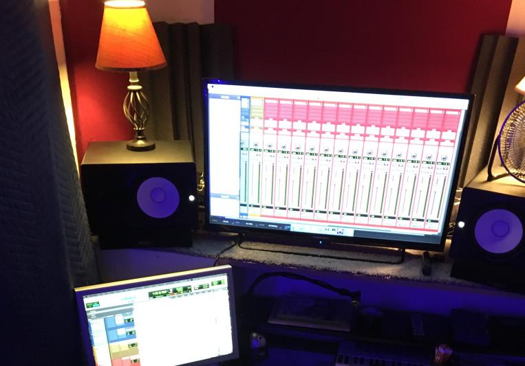 IanNiessMusic on SoundBetter