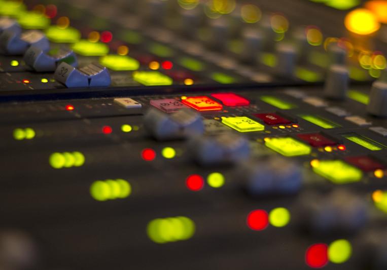 Dew on SoundBetter