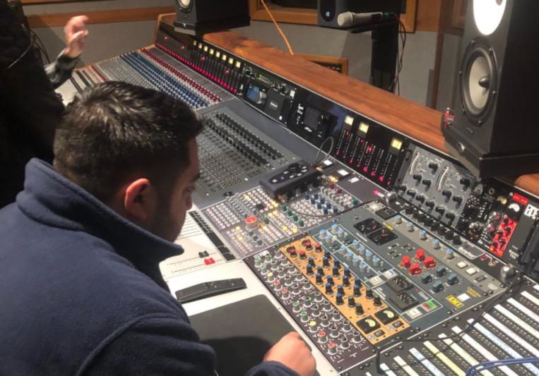 J-Nav on SoundBetter