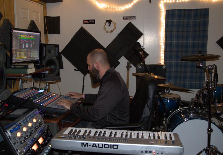 Kyle Pierce on SoundBetter