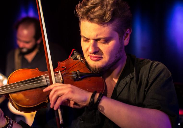 Alexey Kochetkov on SoundBetter