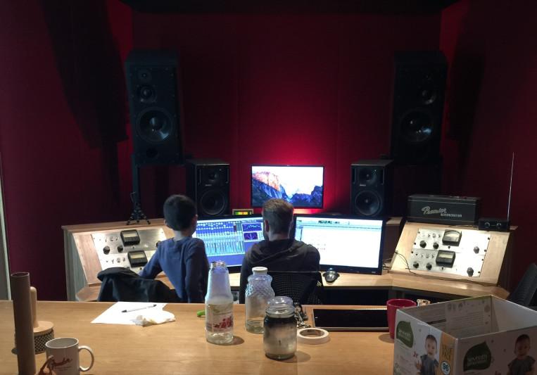 Derek Yackel on SoundBetter