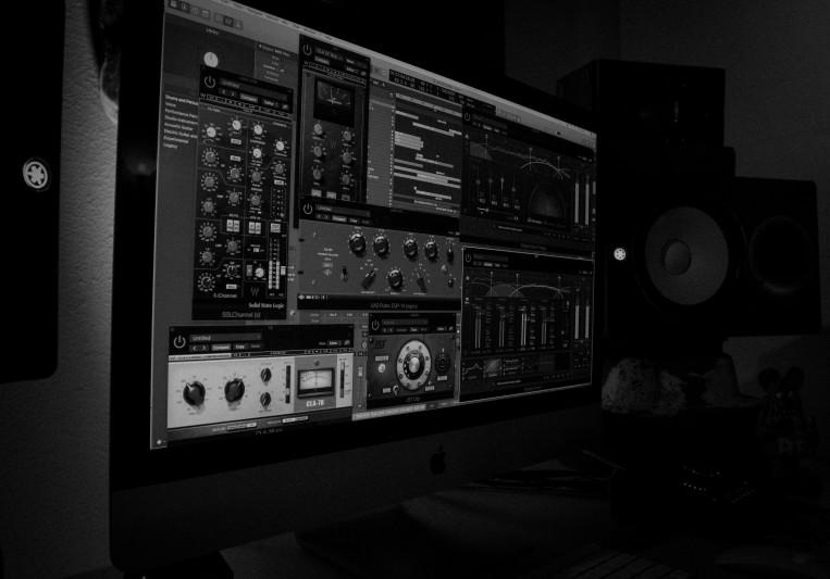Virgil's Sound Den on SoundBetter