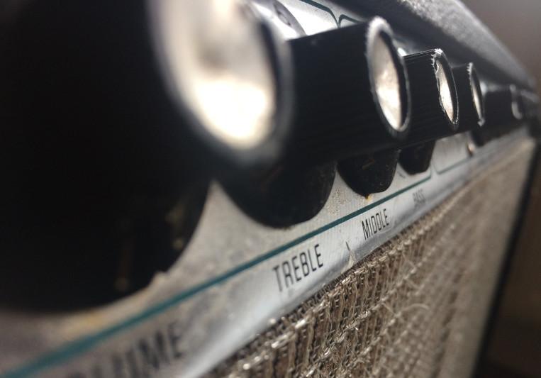 Vintage Classic Guitar on SoundBetter