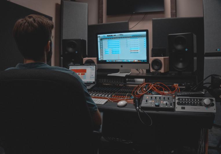 Steven Layton Mixing on SoundBetter