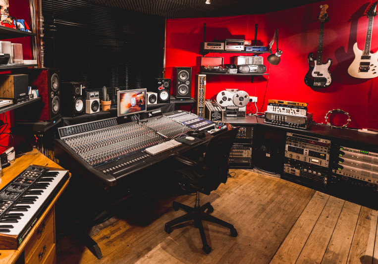 The Crypt Studio on SoundBetter