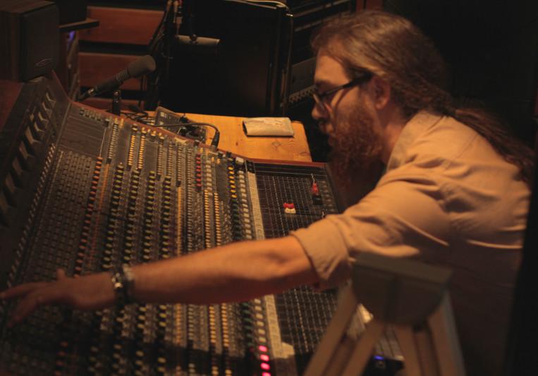 Roy Hermon on SoundBetter