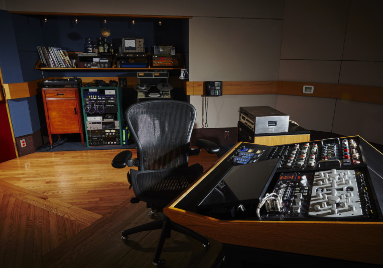Lacquer Channel Mastering on SoundBetter