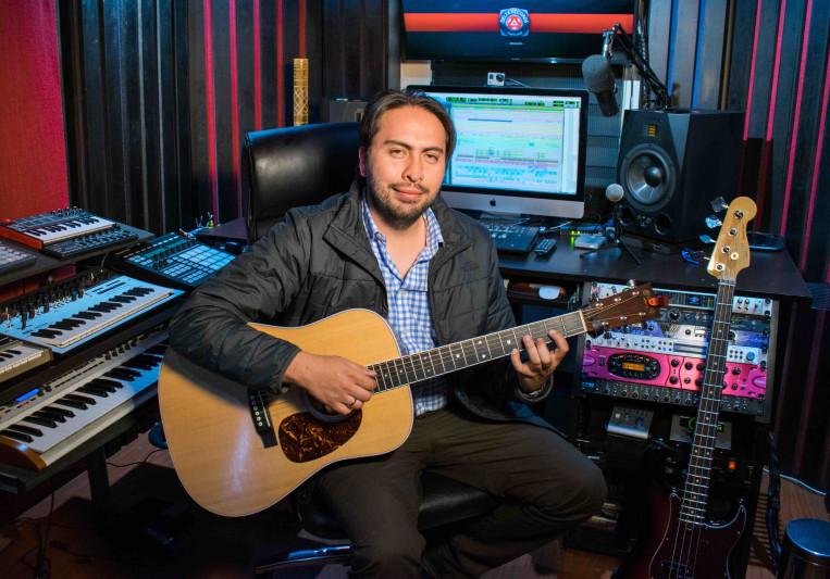 Julio Monroy on SoundBetter
