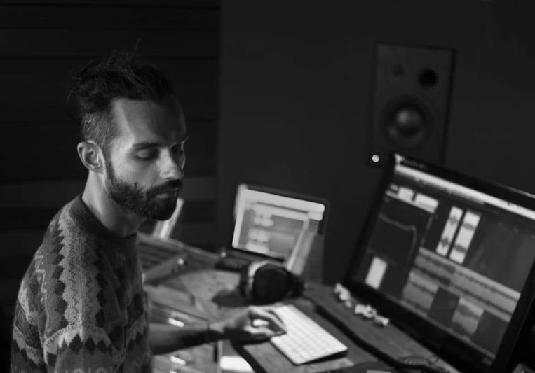Bliz Nochi studio Gängeviertel on SoundBetter