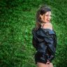 Review by Gabriela Flores