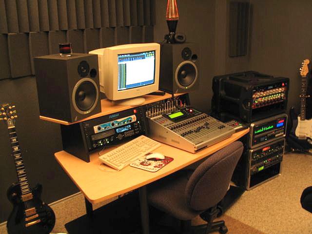 Studio01-bright