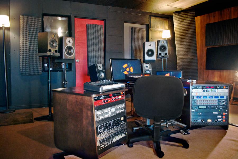 Toronto_recording_studio_1