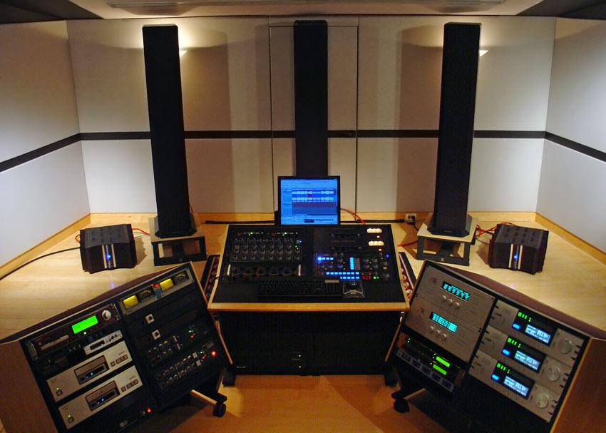 Mark-wilder-studio-large